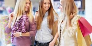 mulheres no shoping