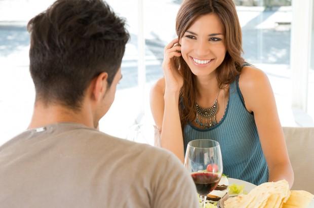 como conquistar uma mulher conversando